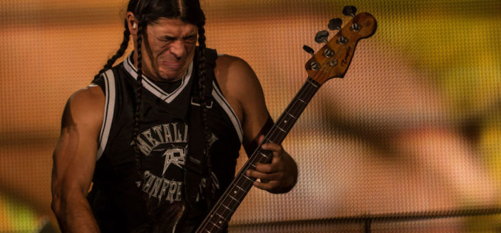 Riff basse métal « Spit out the bone », Metallica